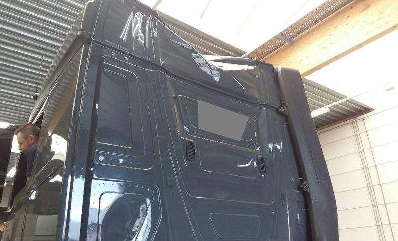 Carrosserie plus for Garage mercedes mouscron